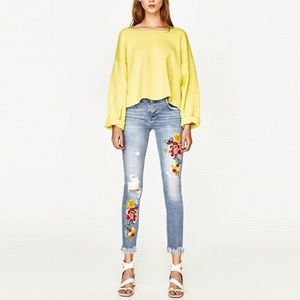 Zara Trafaluc- Slouch Cut Floral Embroidered Jeans
